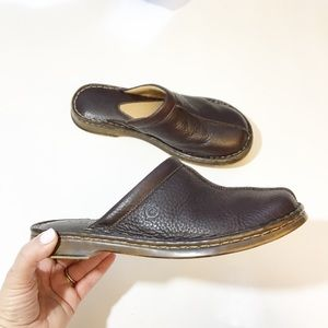 Born brown leather mules handcrafted in Mexico 7